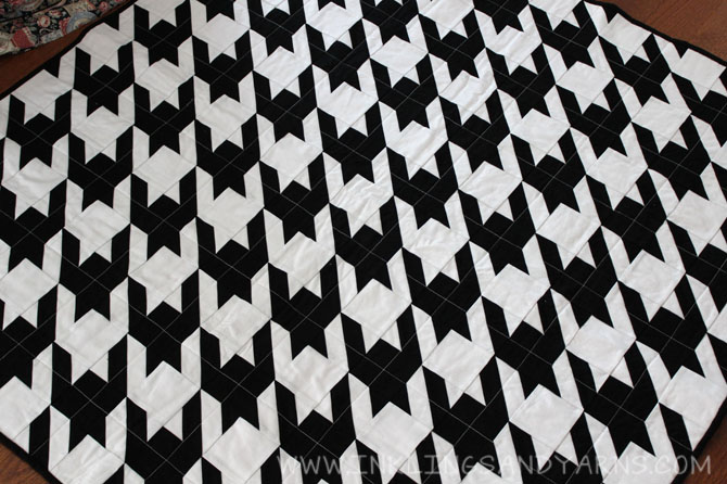 Houndstooth Quilt | Inklings & Yarns : houndstooth quilt pattern - Adamdwight.com