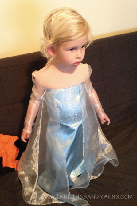 Elsa Dress Attaching Sleeves